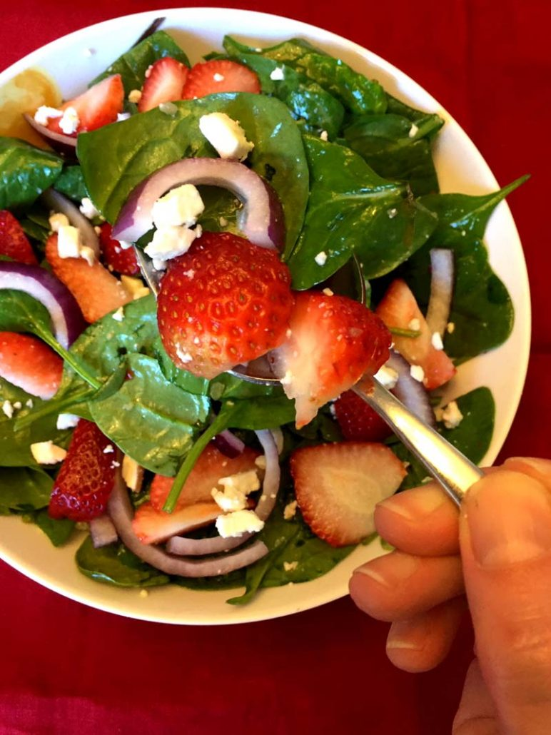 How To Make Spinach Strawberry Salad With Feta