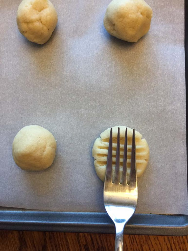 Making keto cookies