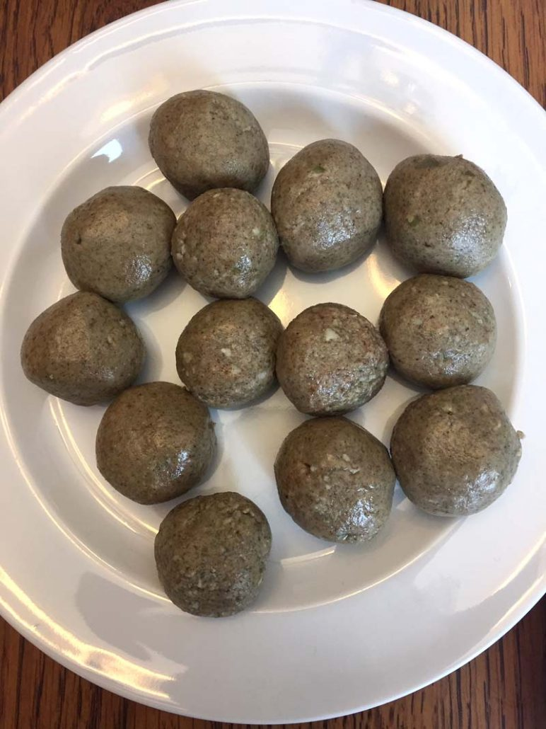 How to make keto protein balls