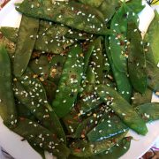 Spicy Garlic Sesame Sauteed Snow Peas