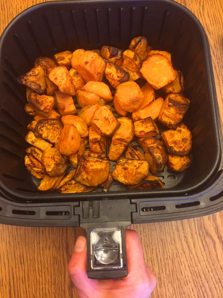 easy air fryer sweet potatoes recipe
