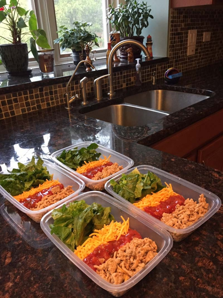 meal prepping taco salad lunches