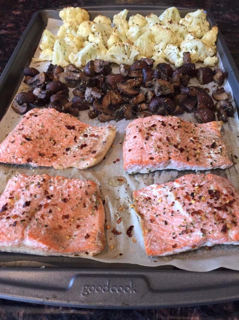 sheet pan salmon cauliflower mushrooms