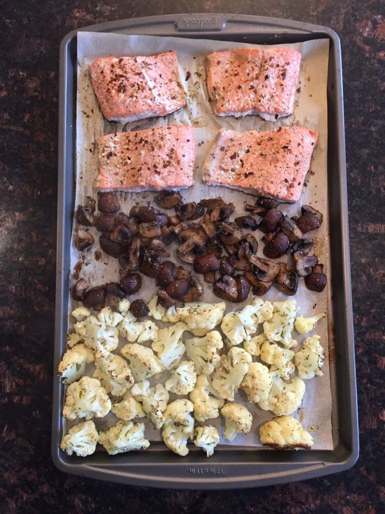 sheet pan salmon with vegetables