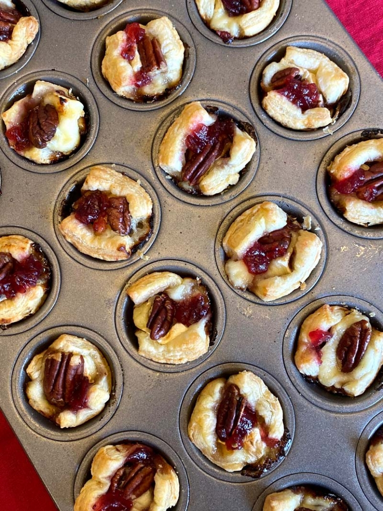 thanksgiving puff pastry appetizer bites