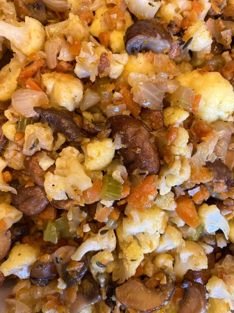 how to make low-carb cauliflower stuffing