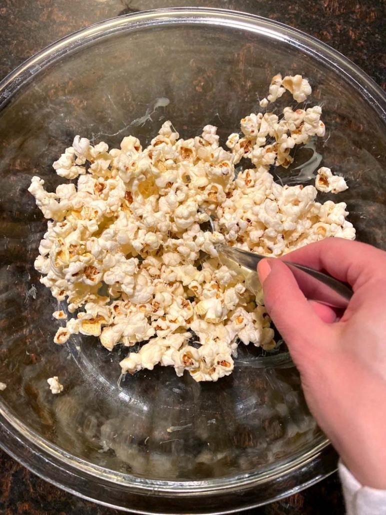 popcorn marshmallow mixture
