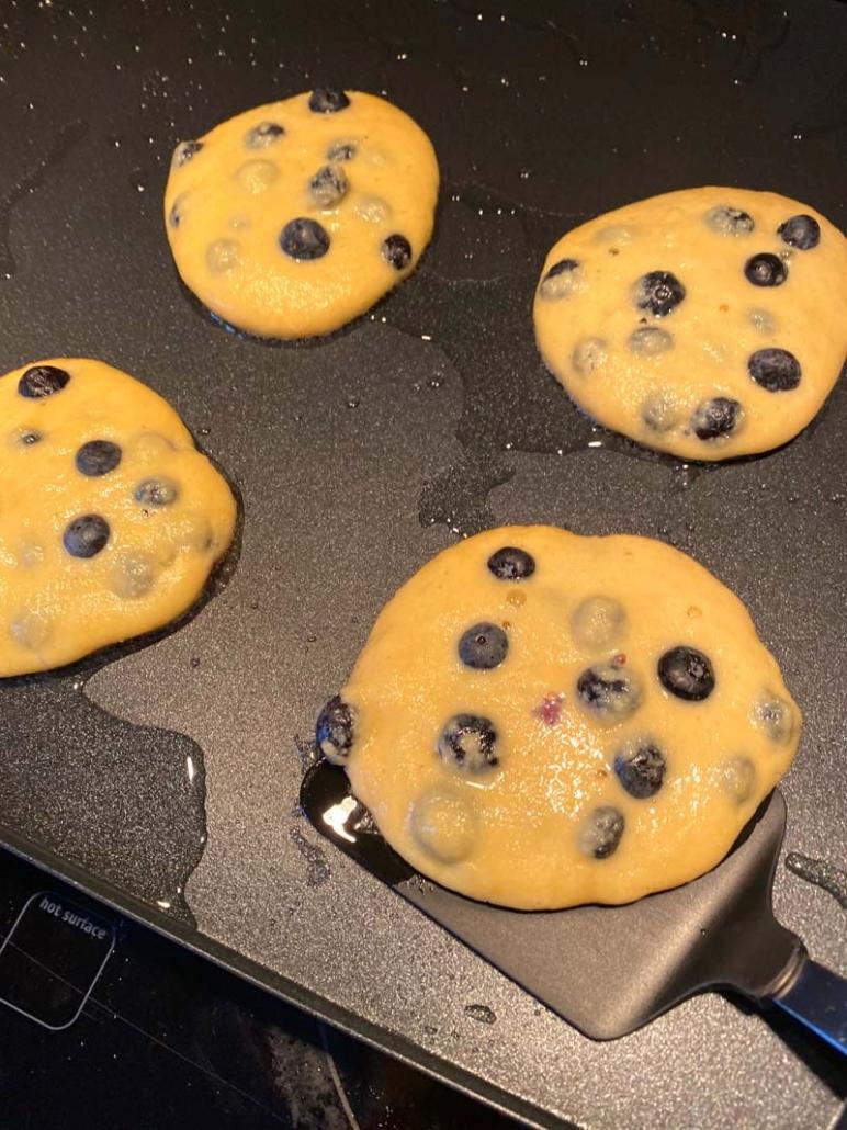 keto almond flour pancakes recipe