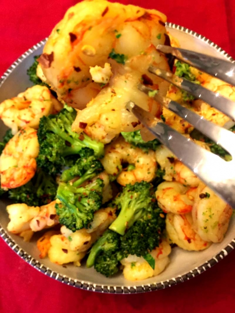 spicy shrimp and broccoli with garlic butter sauce