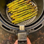 Air Fryer Roasted Asparagus