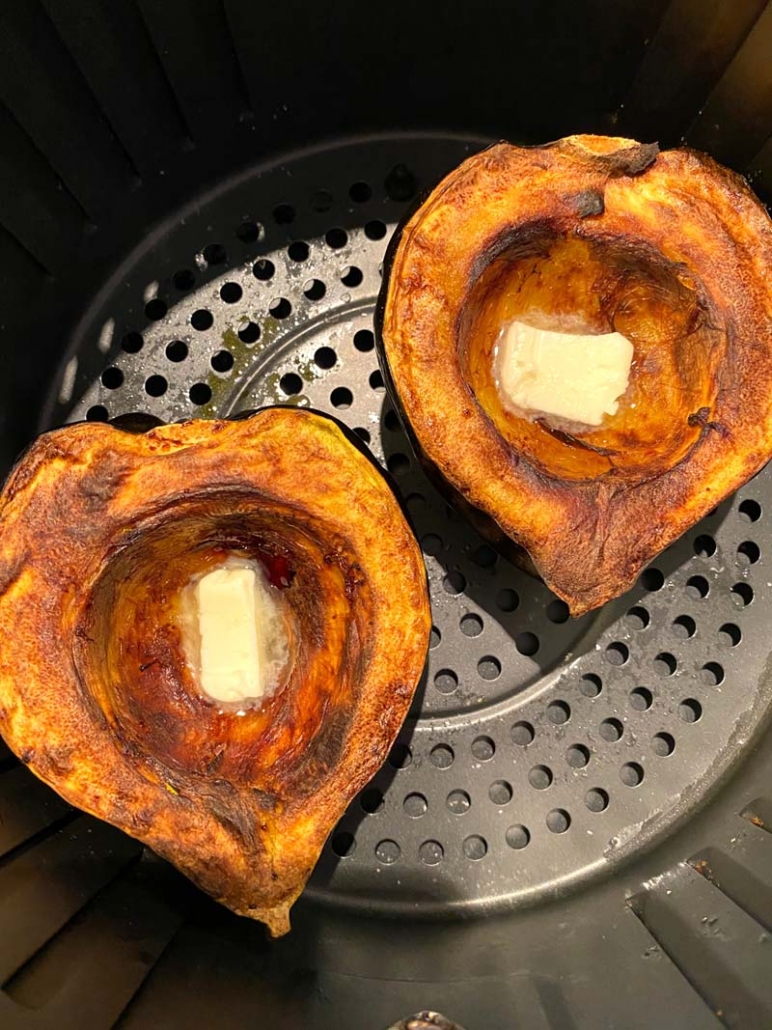 how to bake acorn squash in air fryer