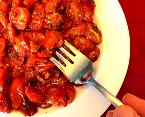 Air Fryer Roasted Cherry Tomatoes