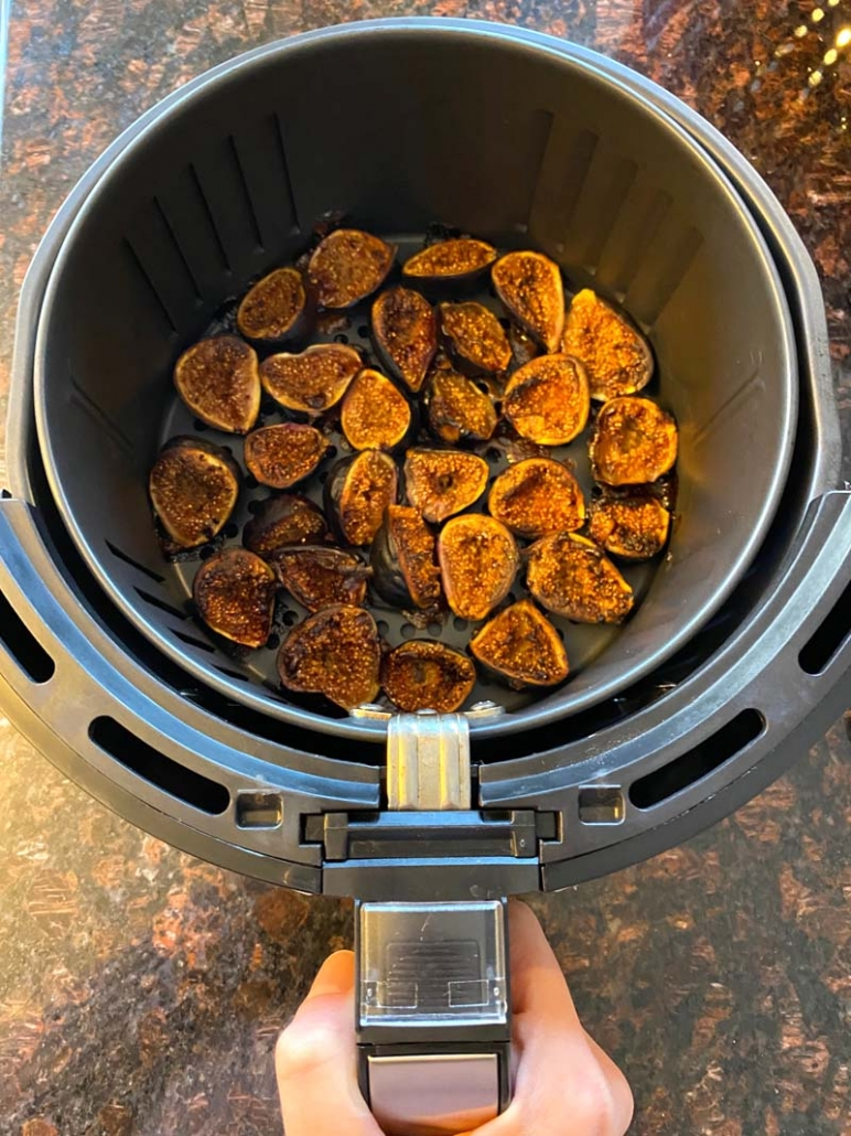 roasted figs in an air fryer basket