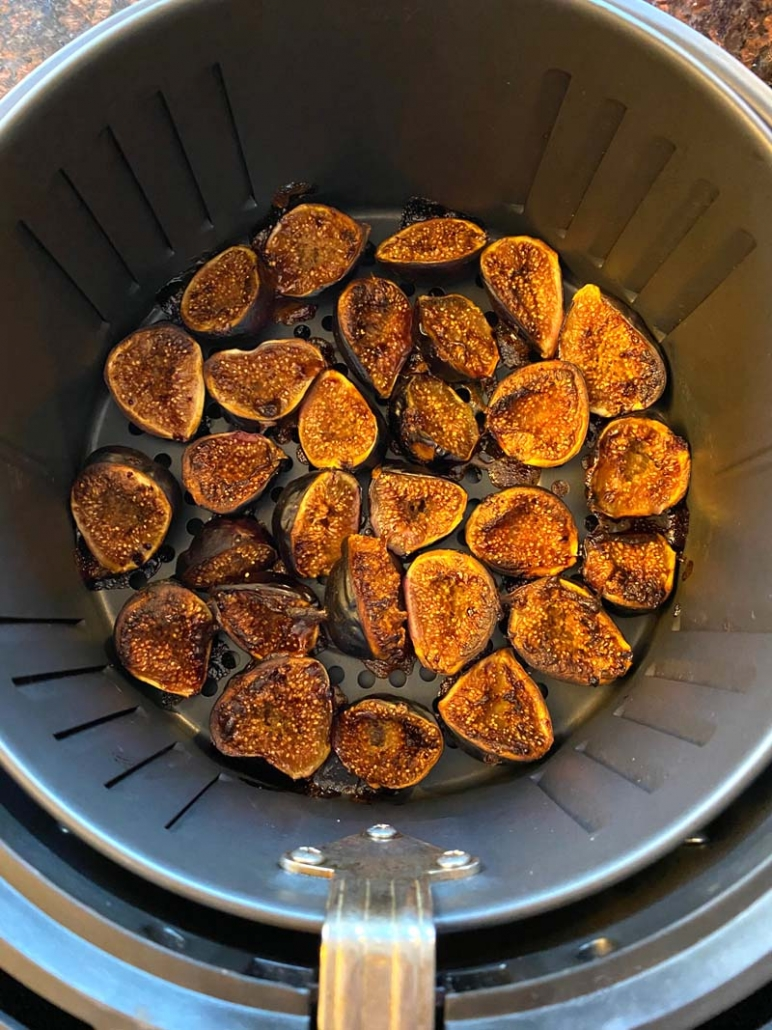 Air fried roasted figs in an air fryer basket
