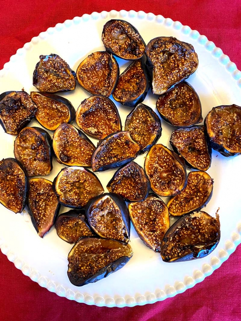 Air fryer figs served on a white platter