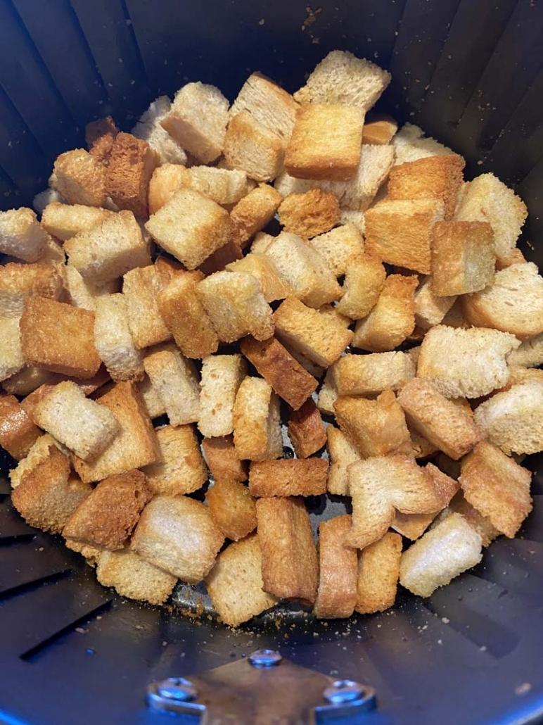 air fryer homemade croutons