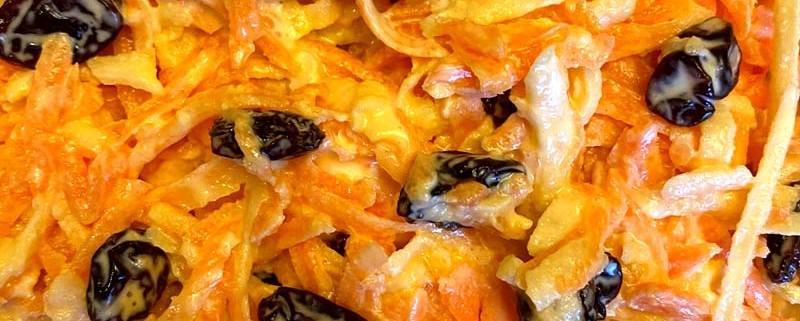 Carrot Salad With Raisins And Apple