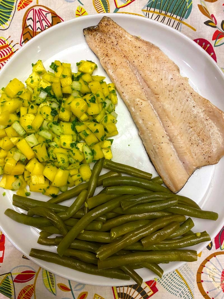 oven baked rainbow trout with mango salsa and steamed green beans