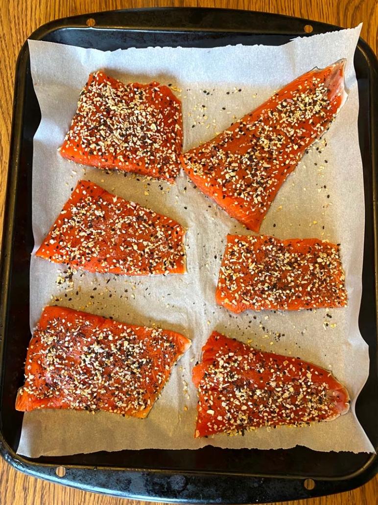 raw salmon sprinkled with everything bagel seasoning mix