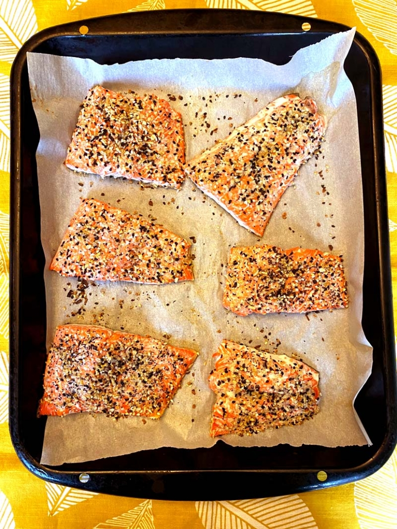 oven roasted salmon with everything bagel seasoning spice blend