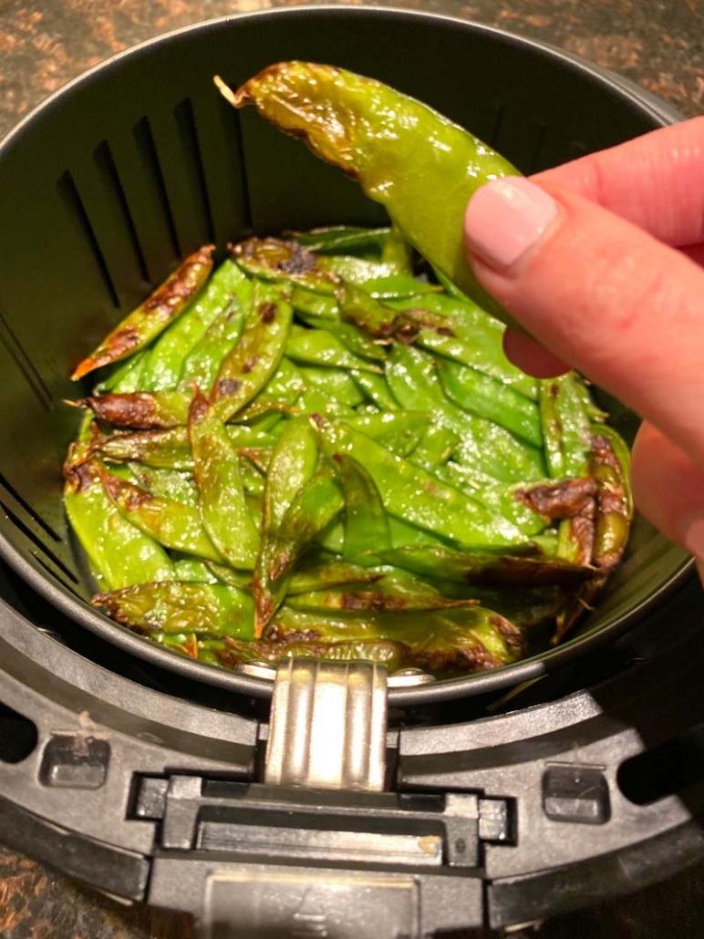 air fryer roasted snow peas