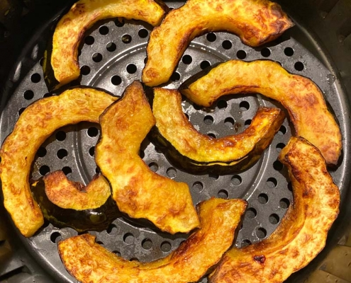 air fryer acorn squash fries