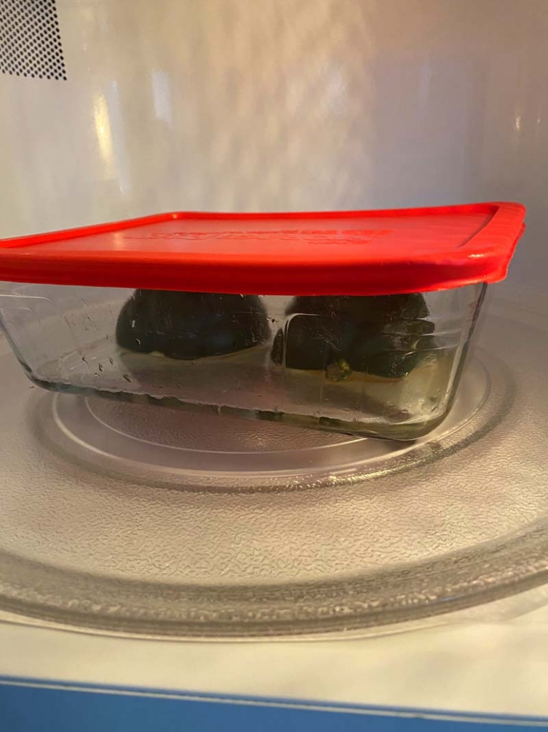 cooking acorn squash in microwave