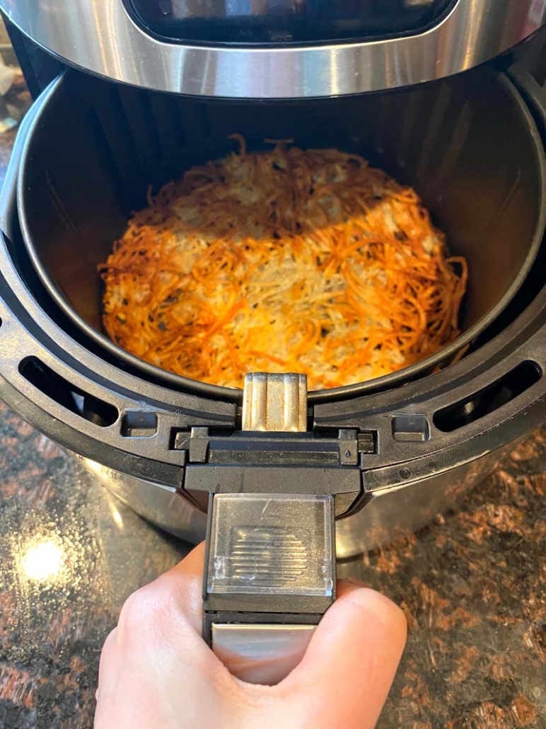 how to cook hashbrowns in the air fryer