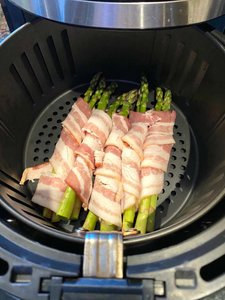 cooking bacon asparagus in the air fryer