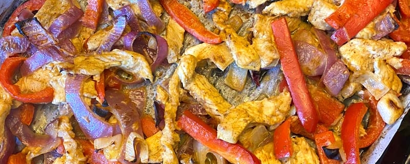 Sheetpan Chicken Fajitas