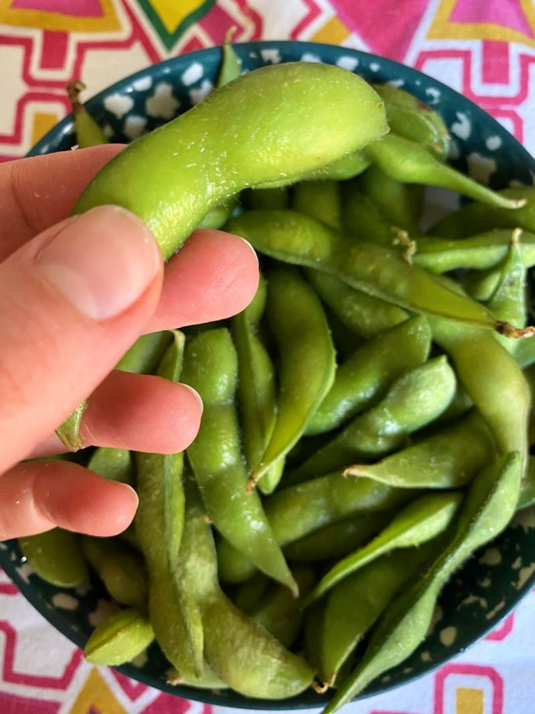 shelled edamame in bowl