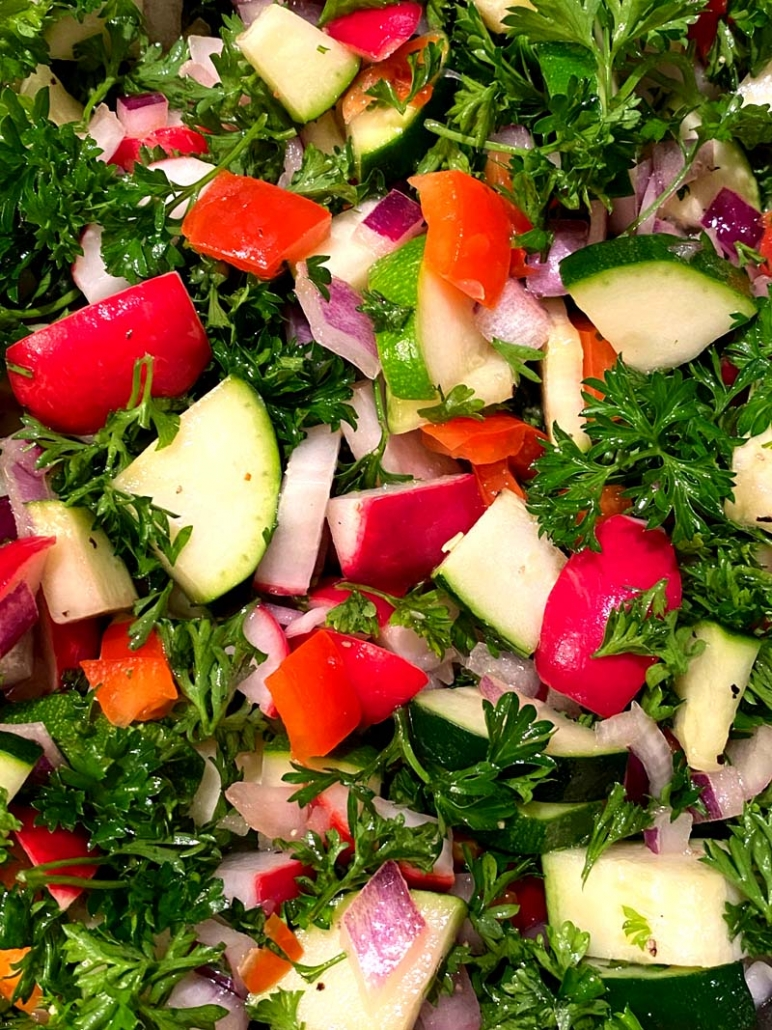 healthy low carb keto salad with zuchini and radish