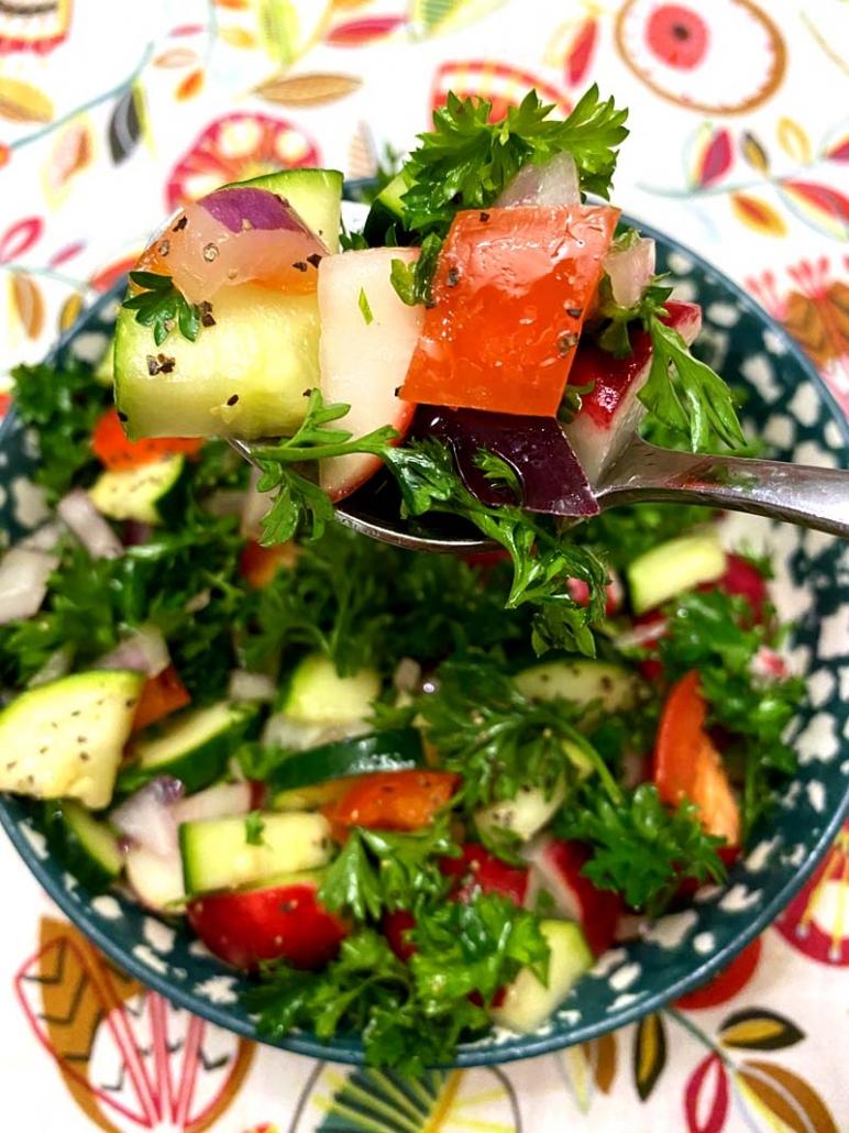 raw fresh zucchini radish detox salad