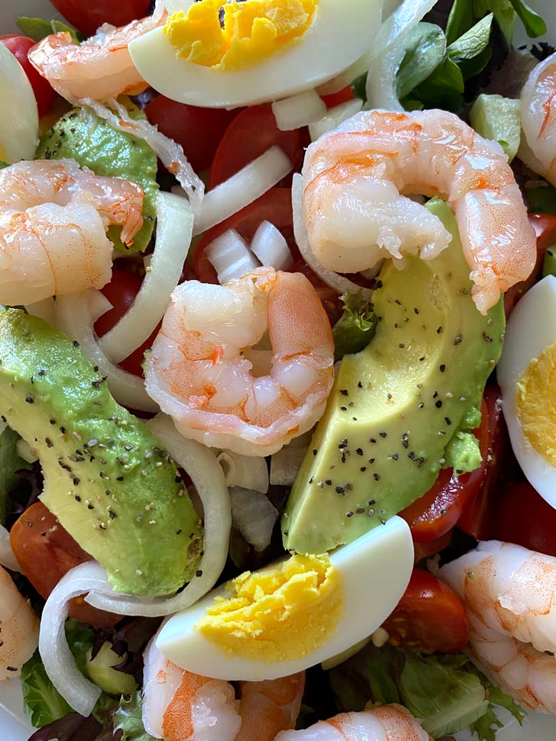 shrimp egg avocado salad
