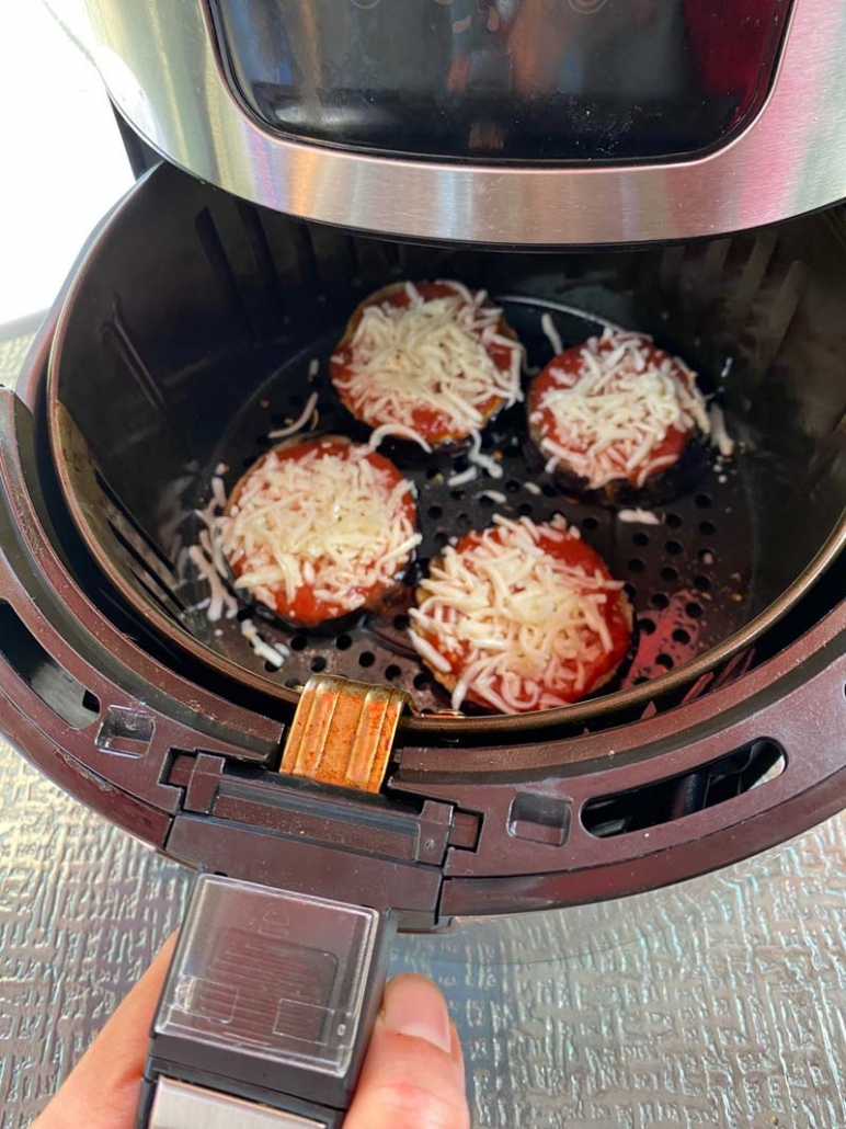 cooking eggplant pizza in the air fryer