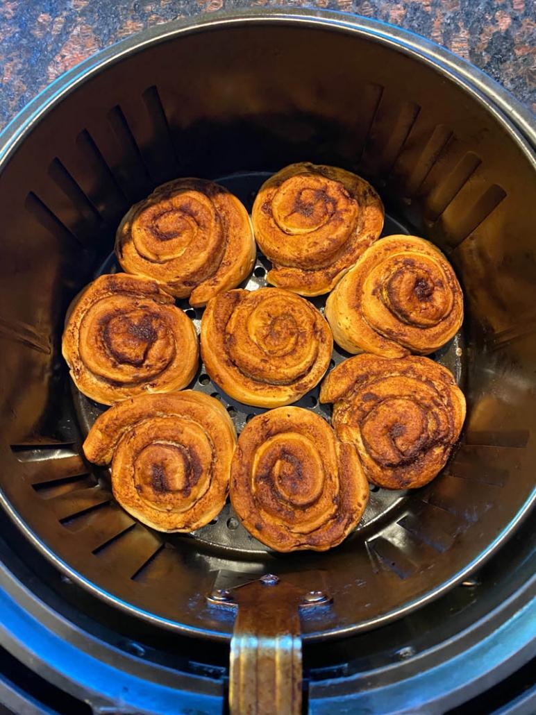 Air Fryer Pillsbury Cinnamon Rolls