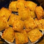 Air Fryer Frozen Toasted Ravioli