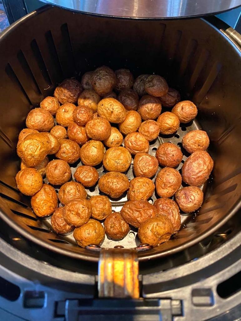 cooking seasoned baby potatoes in air fryer