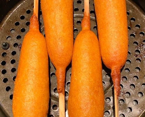 Air Fryer Frozen Corn Dogs
