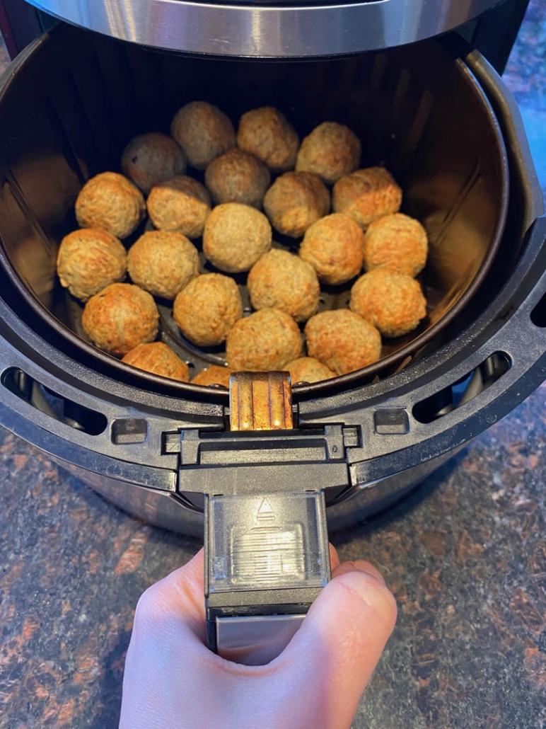 cooking frozen meatballs in the air fryer