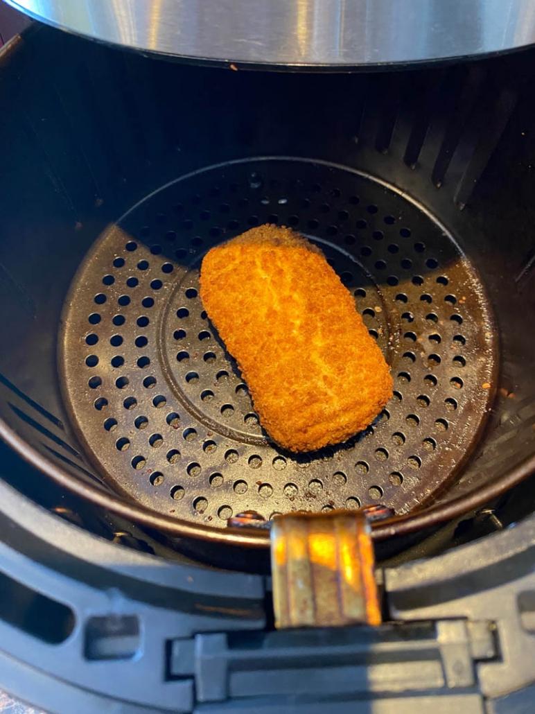cooking frozen chicken cordon bleu in the air fryer