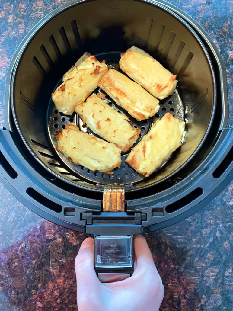 cooking frozen cheese blintzes in the air fryer