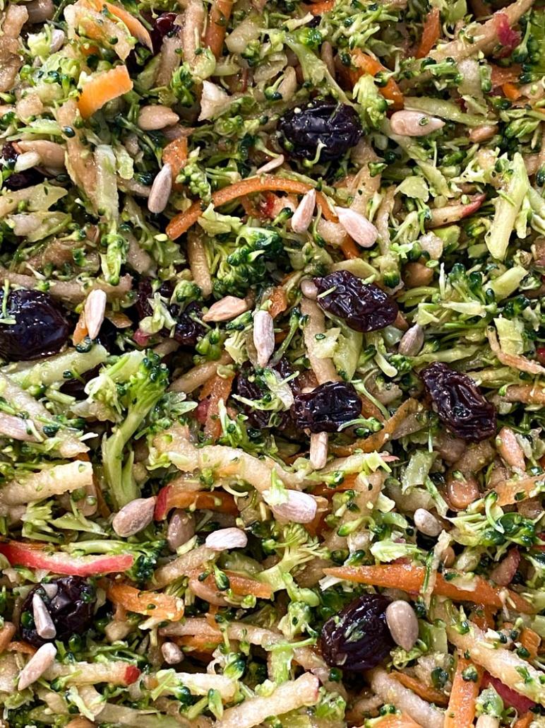 delicious broccoli slaw