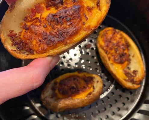 Air Fryer Frozen Potato Skins