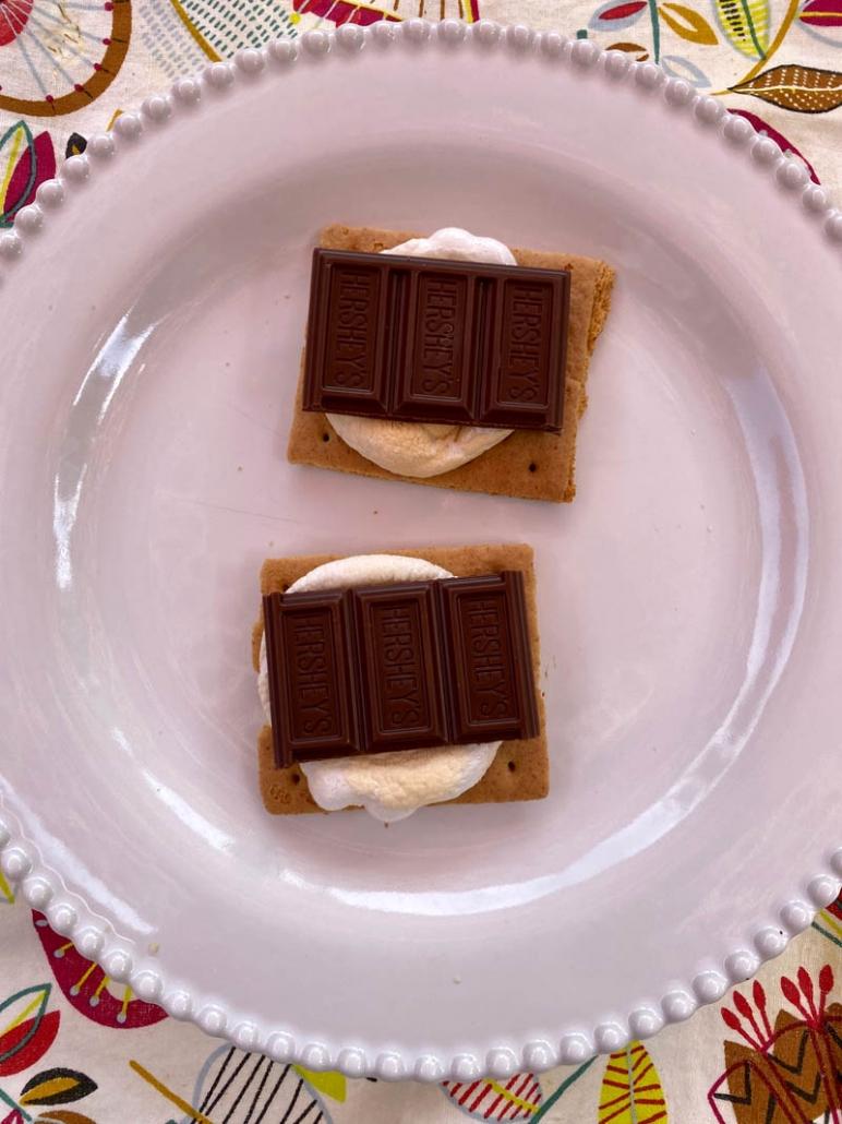 air fryer graham cracker marshmallow smores
