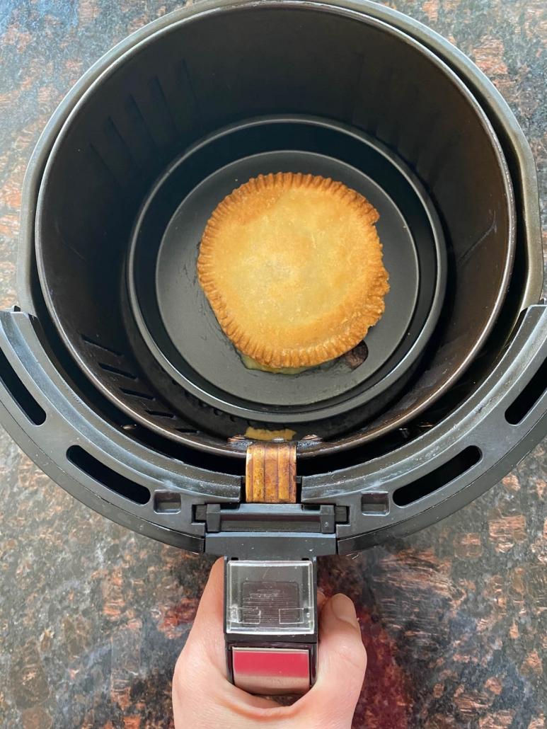 baked pot pit in air fryer basket