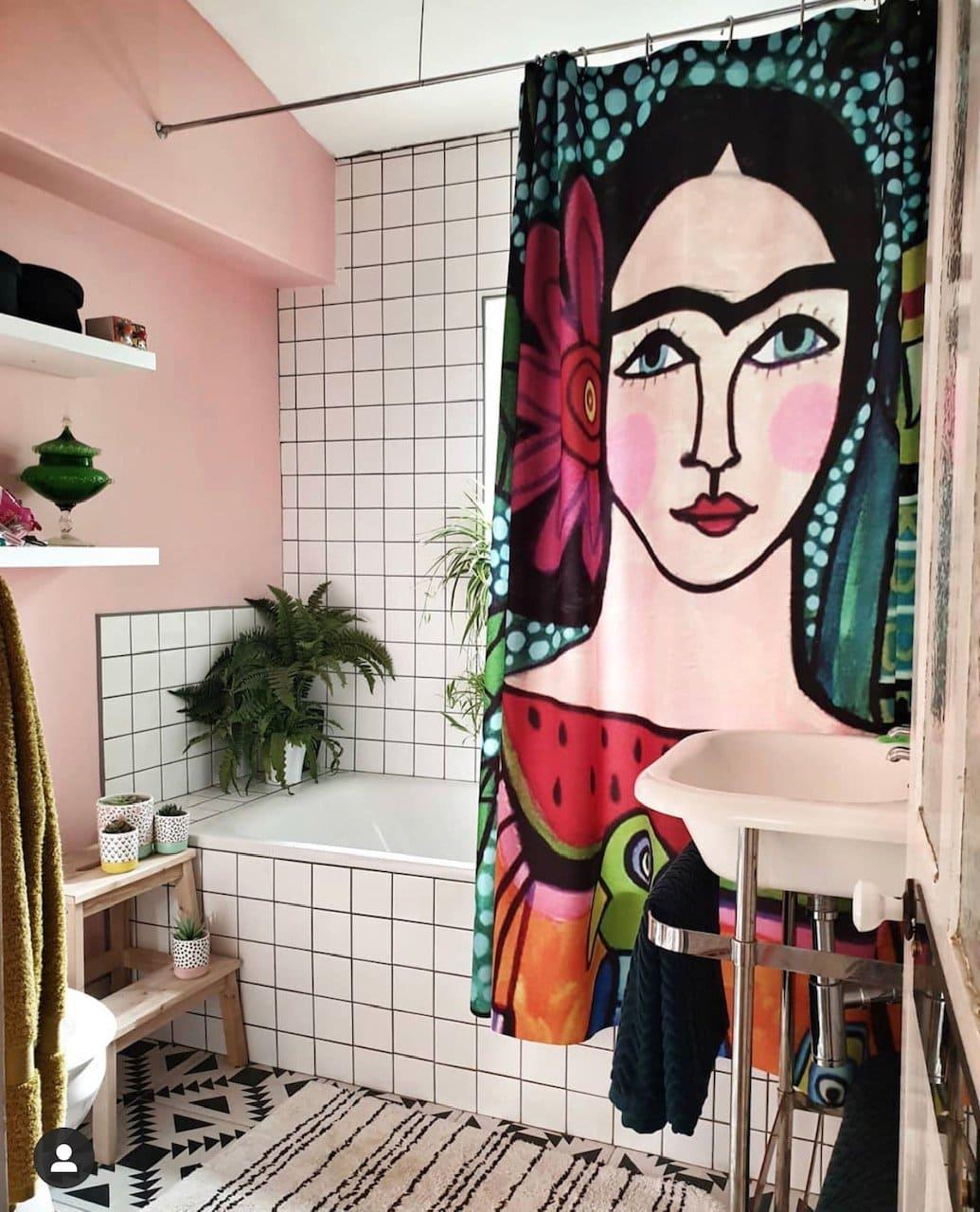 frida kahlo, bathroom, black grout