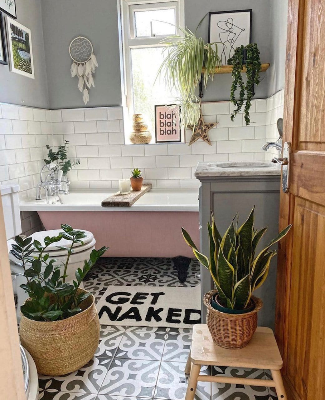 plants, houseplants, palm, biophilic, biophilic design, wellbeing, green, greenery, succulents, green fingers, home decor, interiors, interior design, home inspiration, plant inspiration