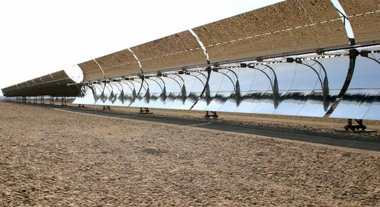 Paneles solares en el Sáhara