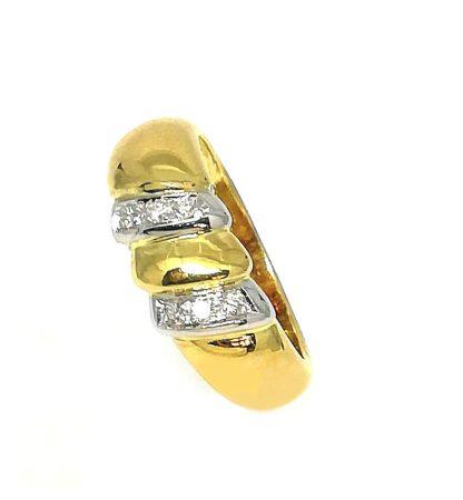 Anello donna in Oro giallo e Oro bianco con Diamanti Salvini
